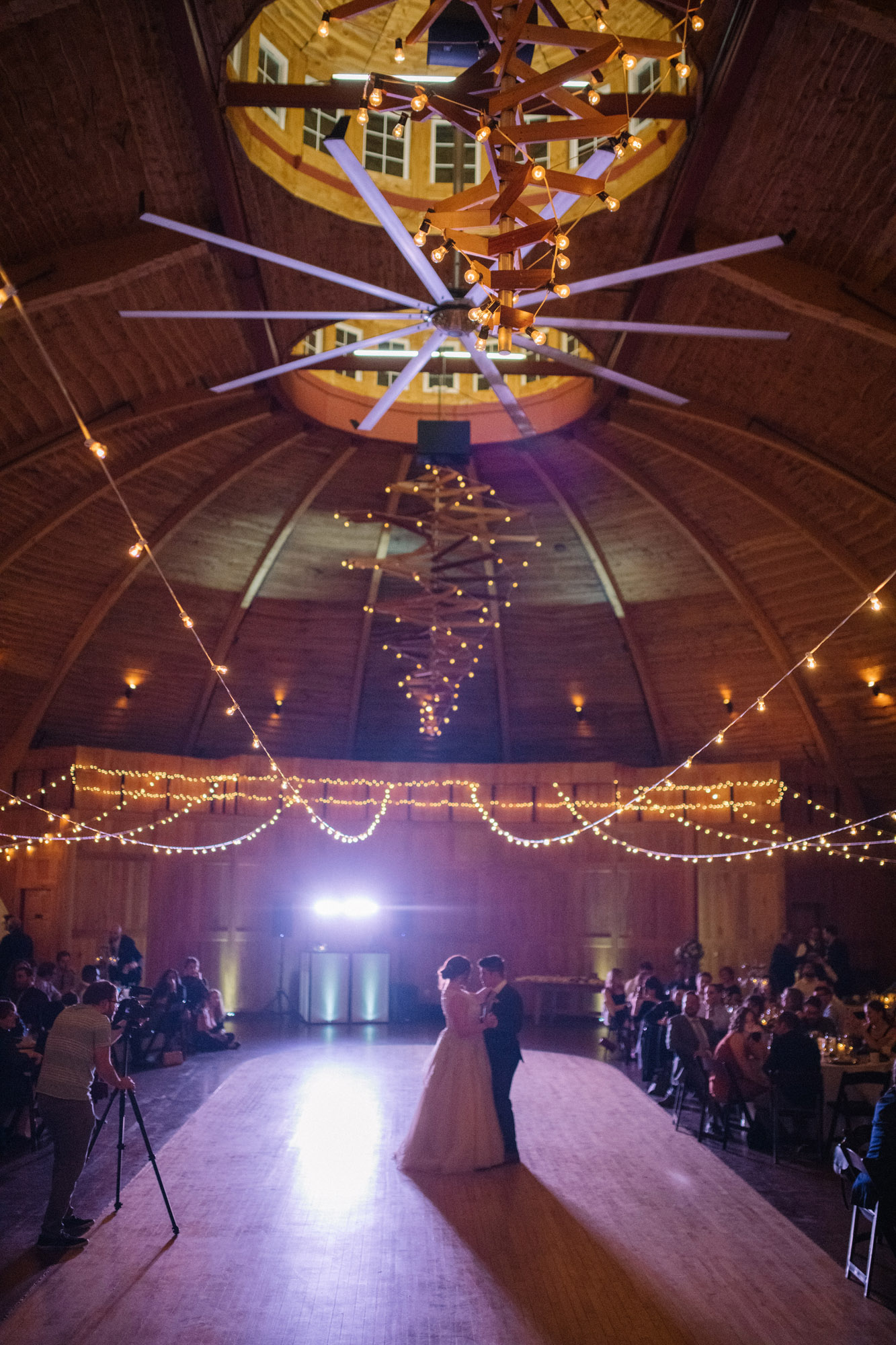 Soiree S Guide To String Lighting At Your Wedding Soiree Ia